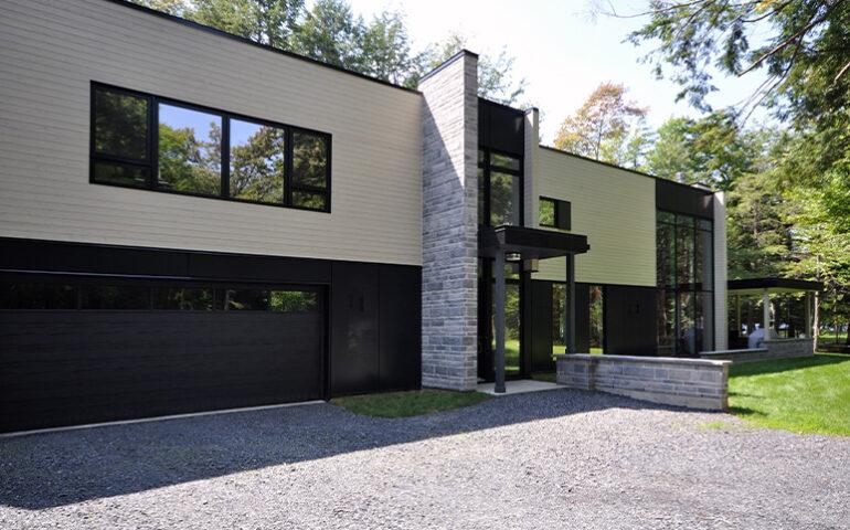 Architecture moderne Résidence Frappier Couturier